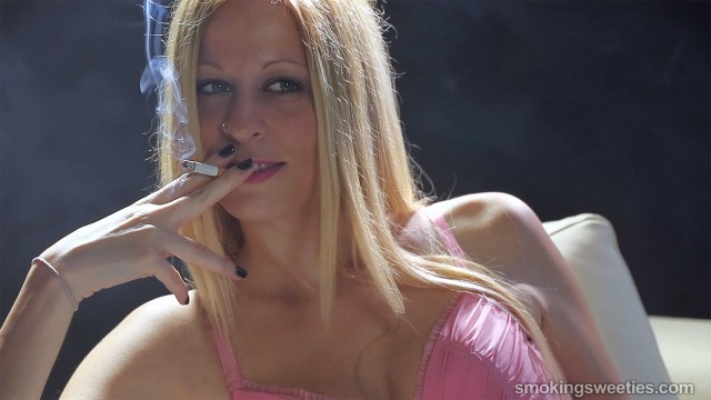 Silvia: Smoking Darling