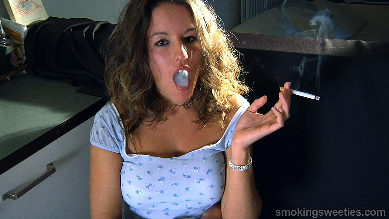 Love Sara Deep inhale smoking fetish women hot&nbsp