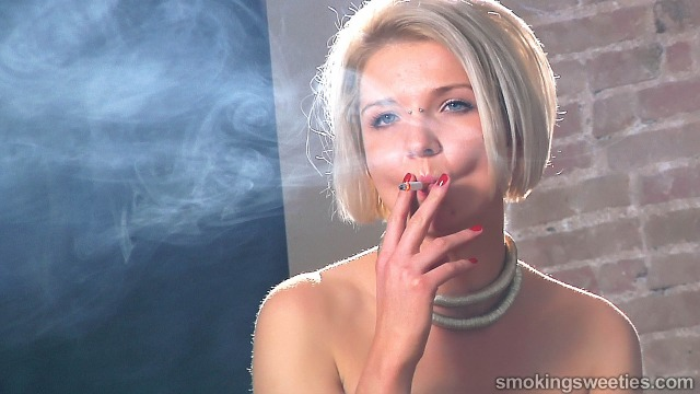 Agnieszka Denise Esmeralda: Chain Smoking
