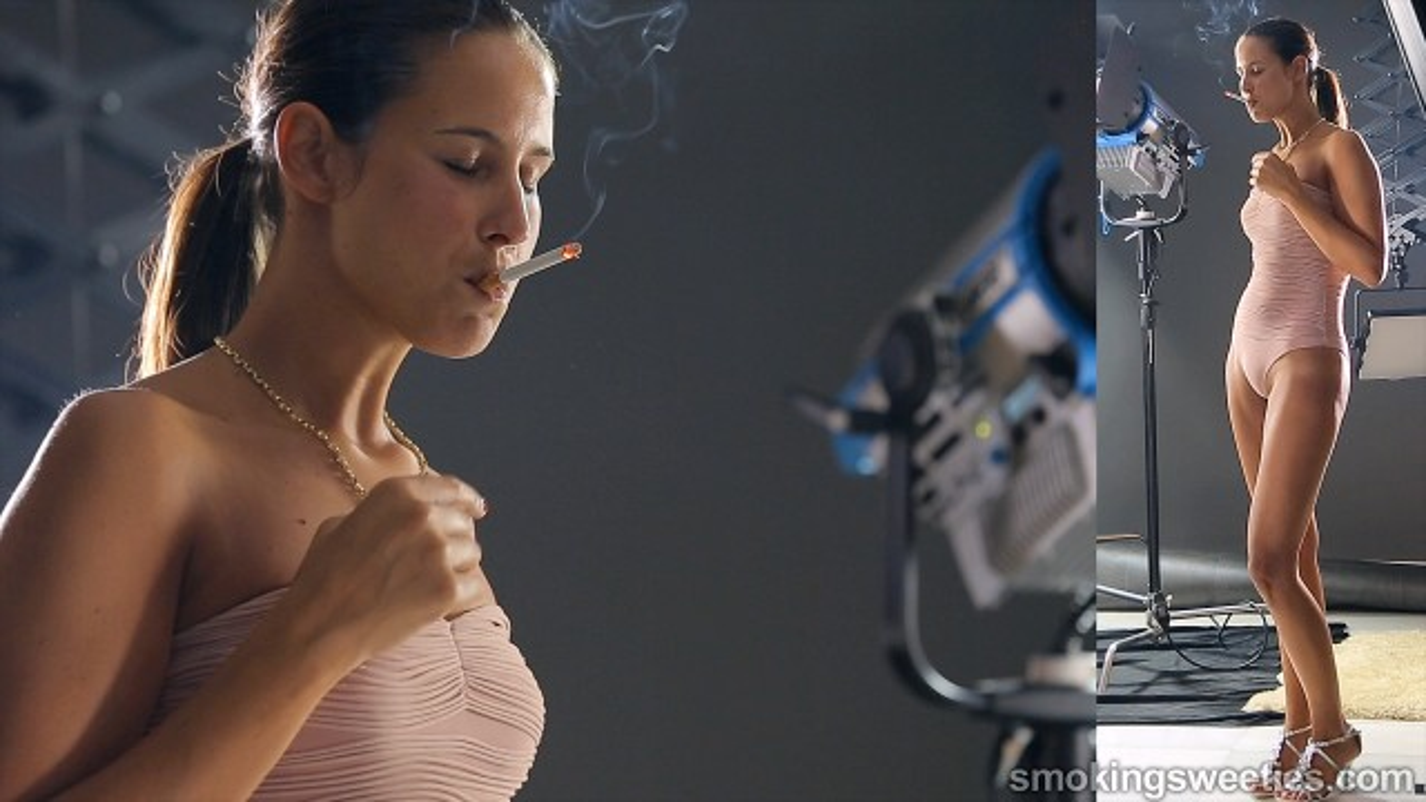 Ajda: Enjoying her smoke