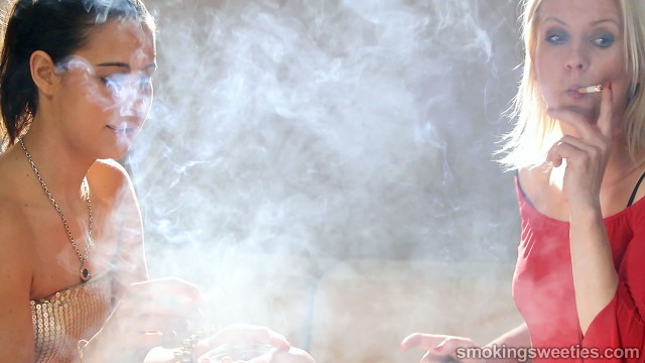 Chain Smoking: Iveta interviews Ajda