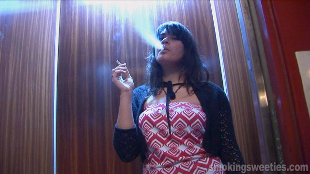 Issabel: smoking in the street and elevator