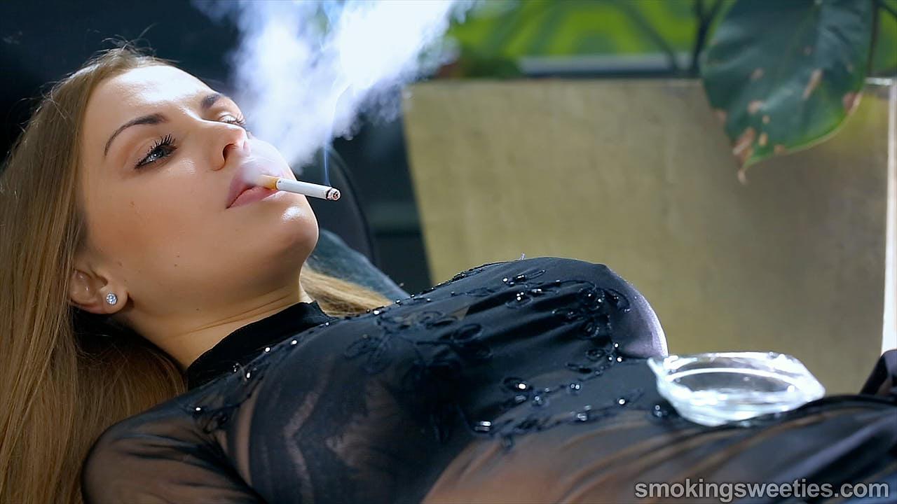 Alexia: Confessions D'une Grande fumeuse