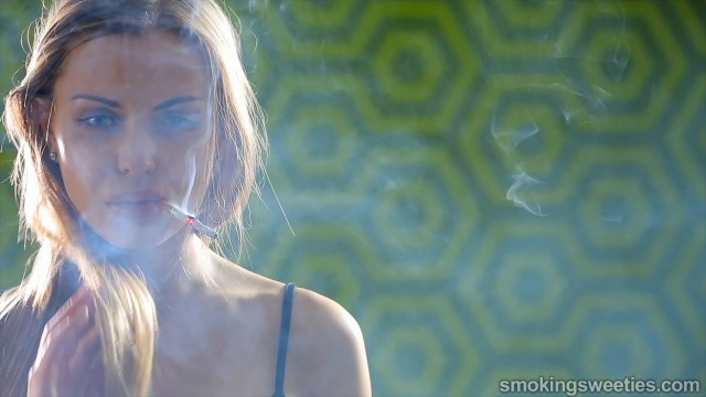 Alexia: Confessions of a heavy smoker