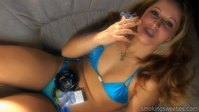 Andra: Girl chain smoking 6 cigarettes