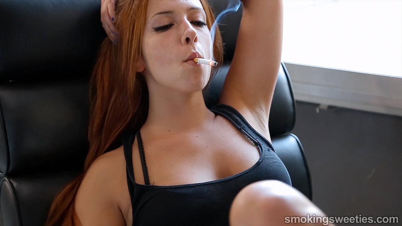 Anna M.C.: Her natural snap inhale