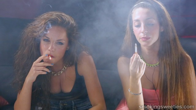 Bea & Nieves: New Generation of Smoking Talents