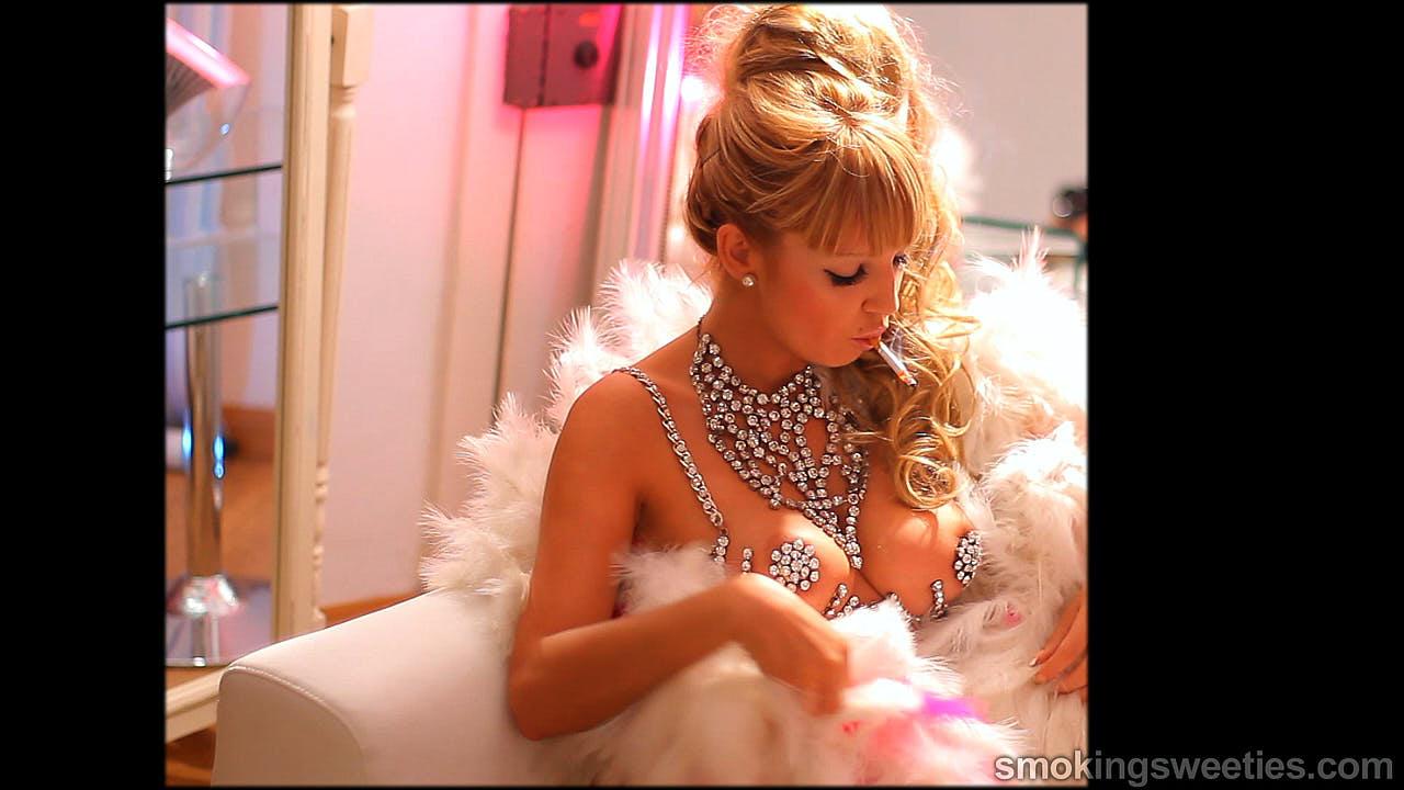Becky: Barbie doll smokes