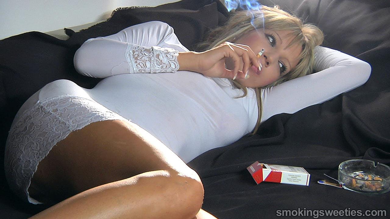Becky: Smoking Glamour