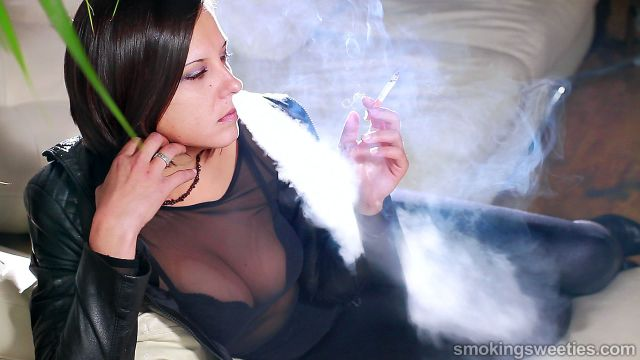 Bojana: Chain Smoker Interview