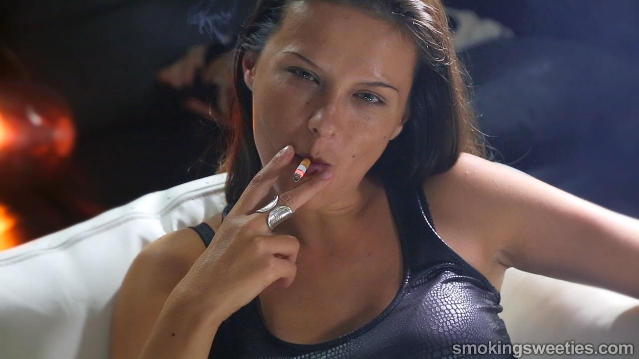 Bojana: Grande Fumeuse