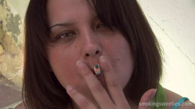 Bojana: Cigarette has become my best friend