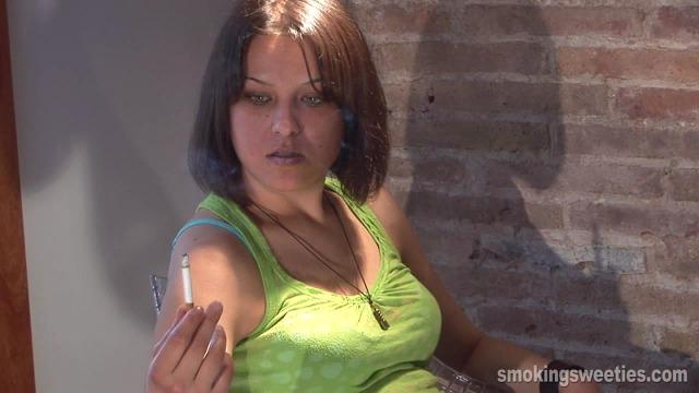Bojana: Chain smoking interview