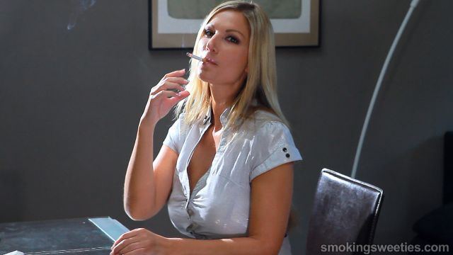 Busty carol goldnerova smokes 2