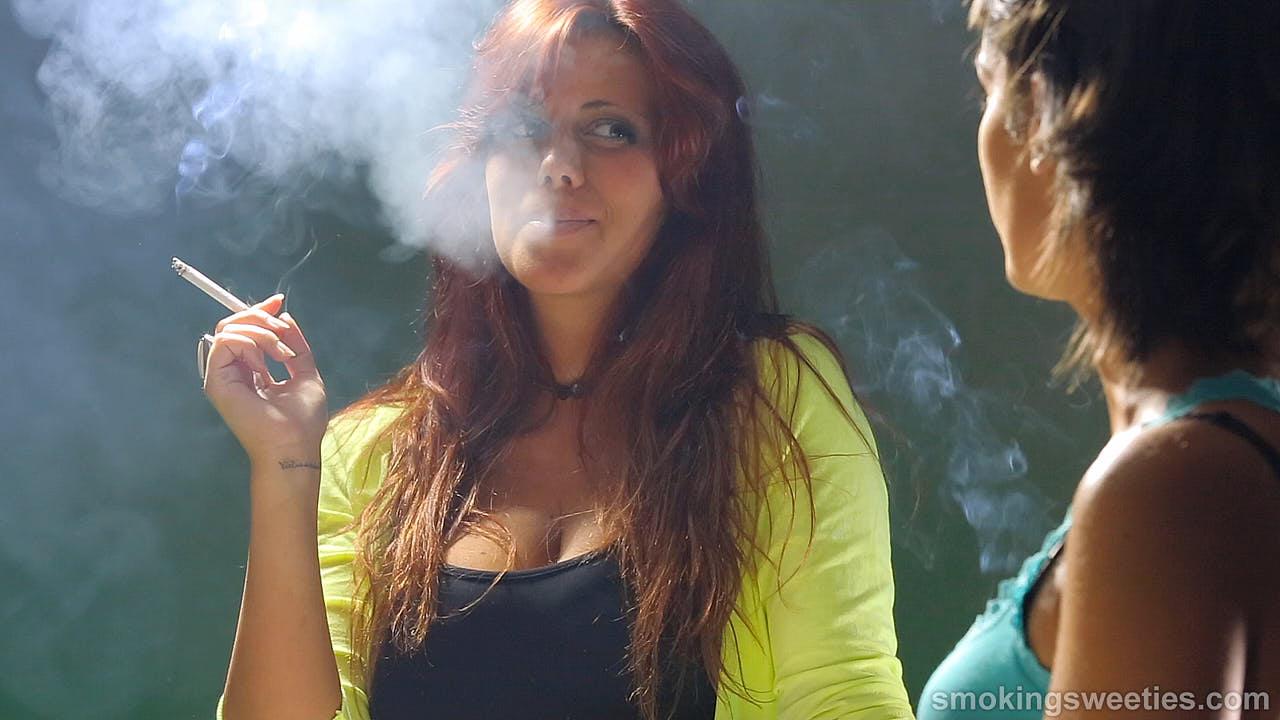 3 Chimneys talk about smoking