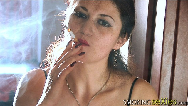 Cristina: Smoking make my breast grow up