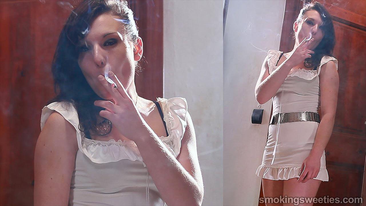 Encarni: Chain Smoking Girl