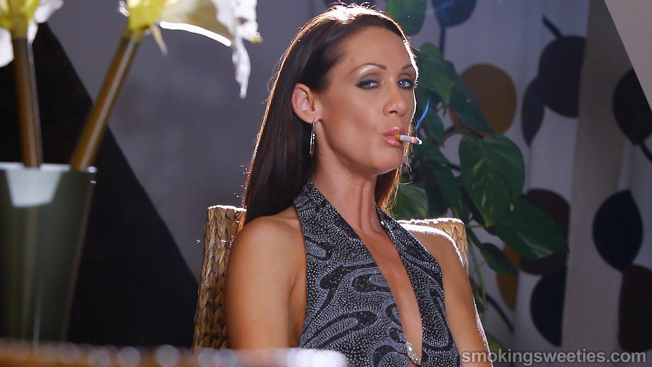 Ewa: Smoking Woman