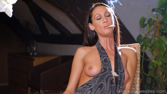 Ewa: Smoking Woman