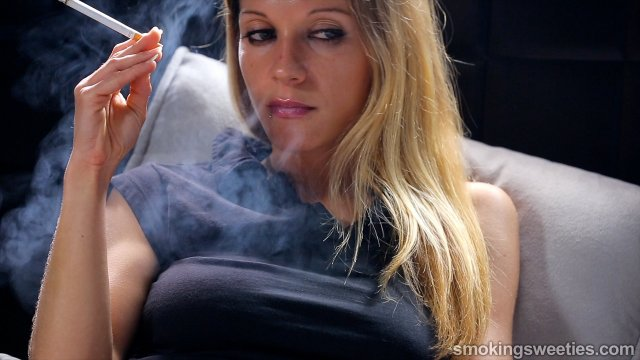 Franchezca: Her love affair with nicotine