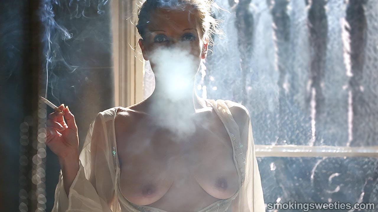 Franchezca: fumatrice sensuale