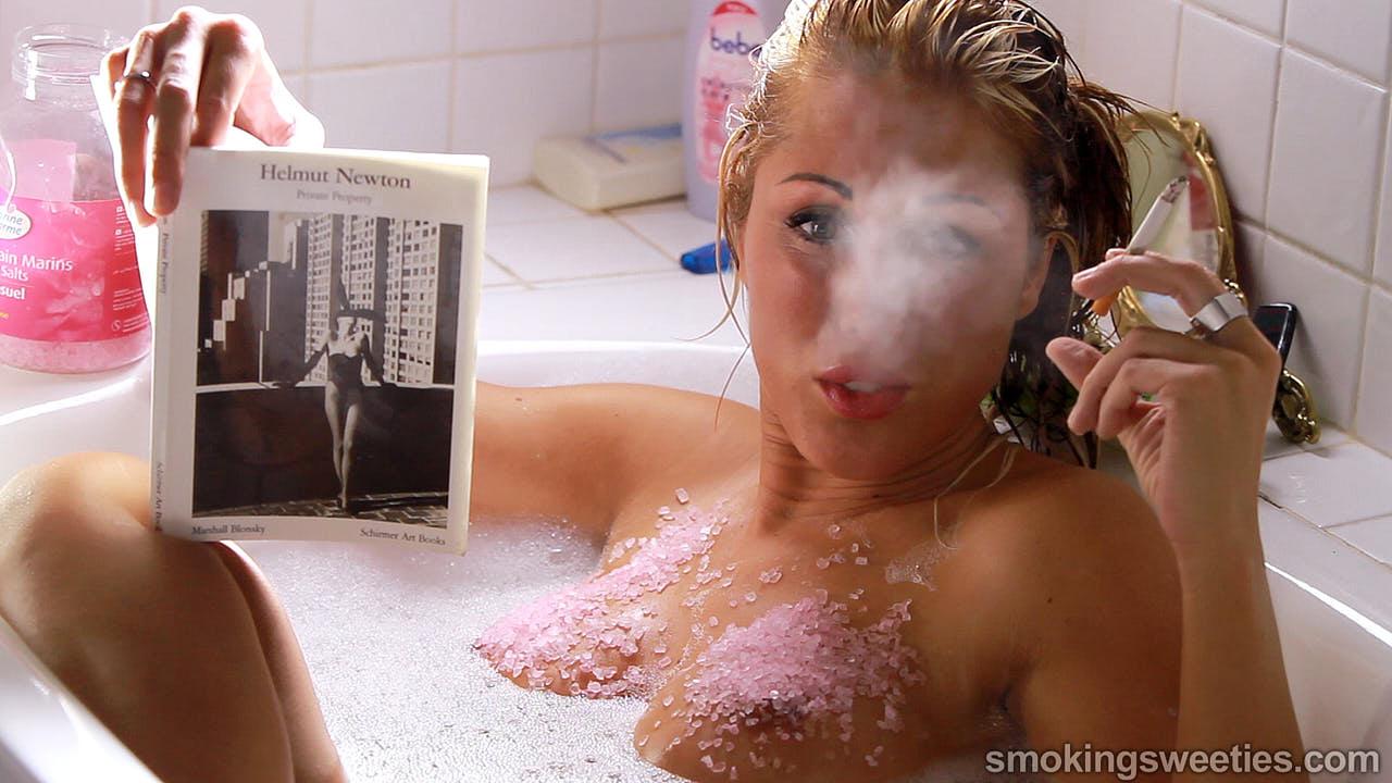 Gwen: Chain Smoking in the Bath