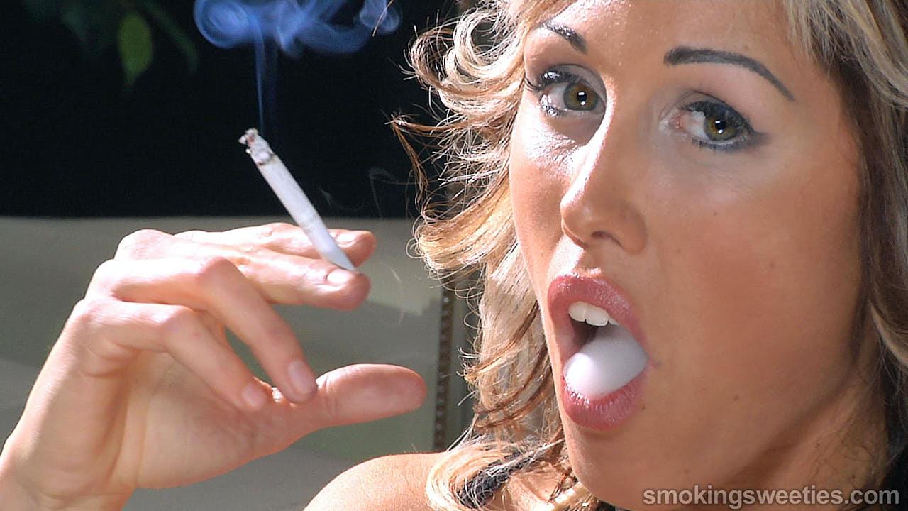 Gwen: Smoking Interview