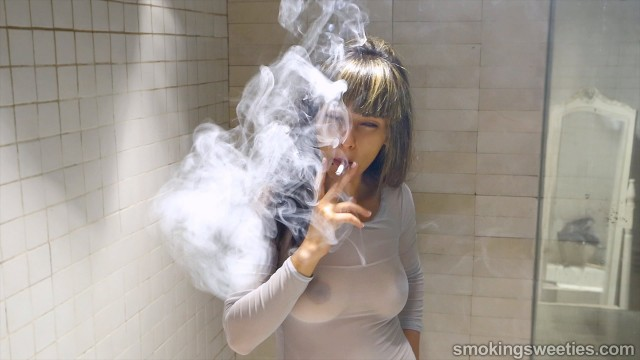 Imane: Teenage Smoker