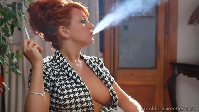 Isabel: Redhead Holding It