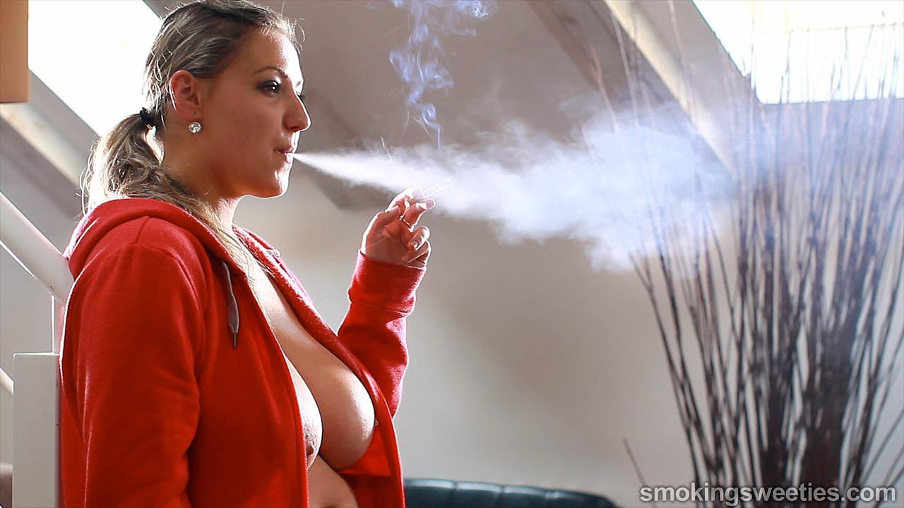 Krystal Swift: Big Breasted Smoker