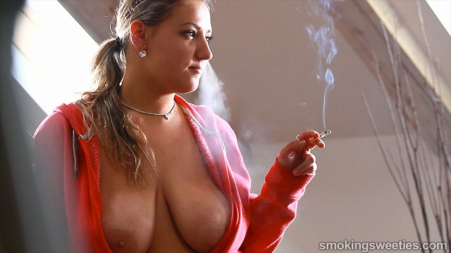 Krystal Swift: Big Breasted Smoker