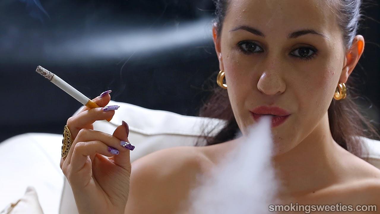 Lola: Exploiting cigarettes mercilessly