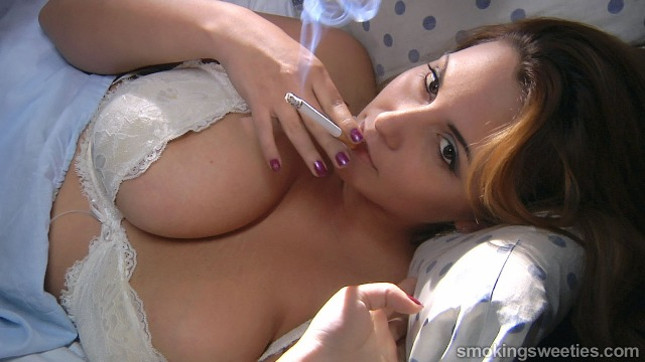 Luana: Big Breasted Smoker