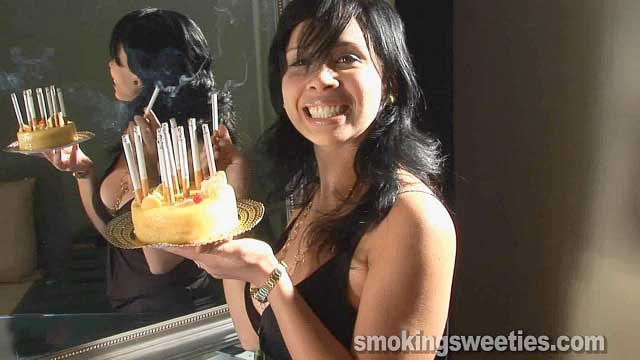 Birthday Party (The smoking cake) (15 min.)