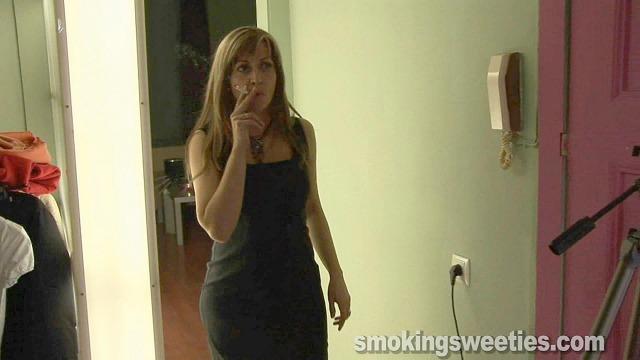 Birthday Party - The smoking cake