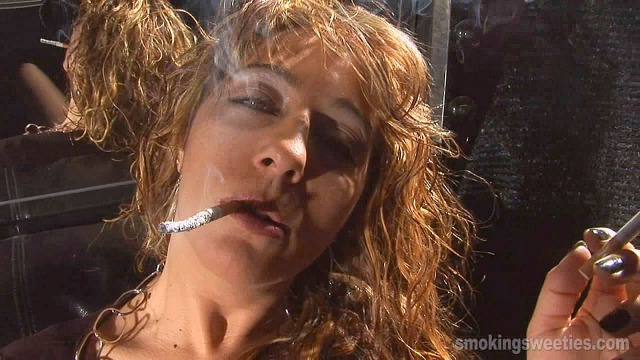 Maria: chain smoking multiples