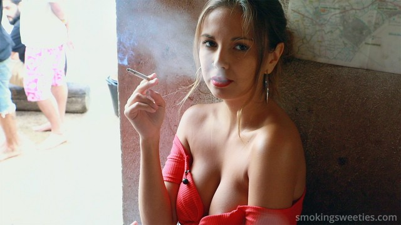 Mel: Chain Smoker on the Beach