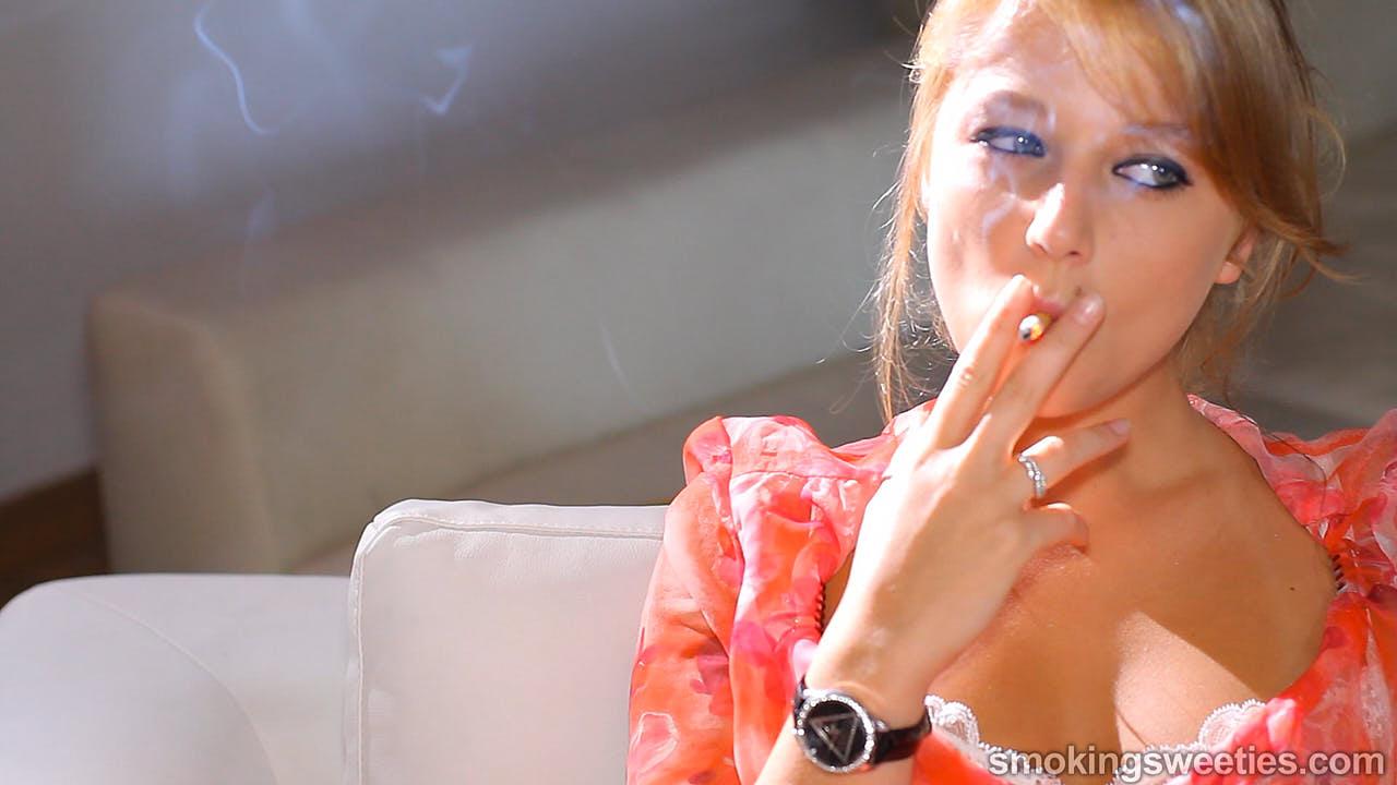 Natia: Smoking Girl Next Door