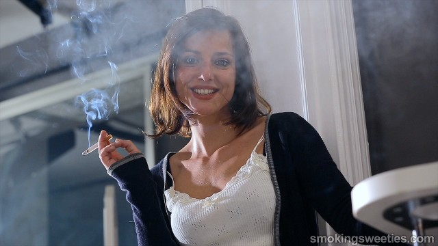 Nuria: Interview with a heavy smoker