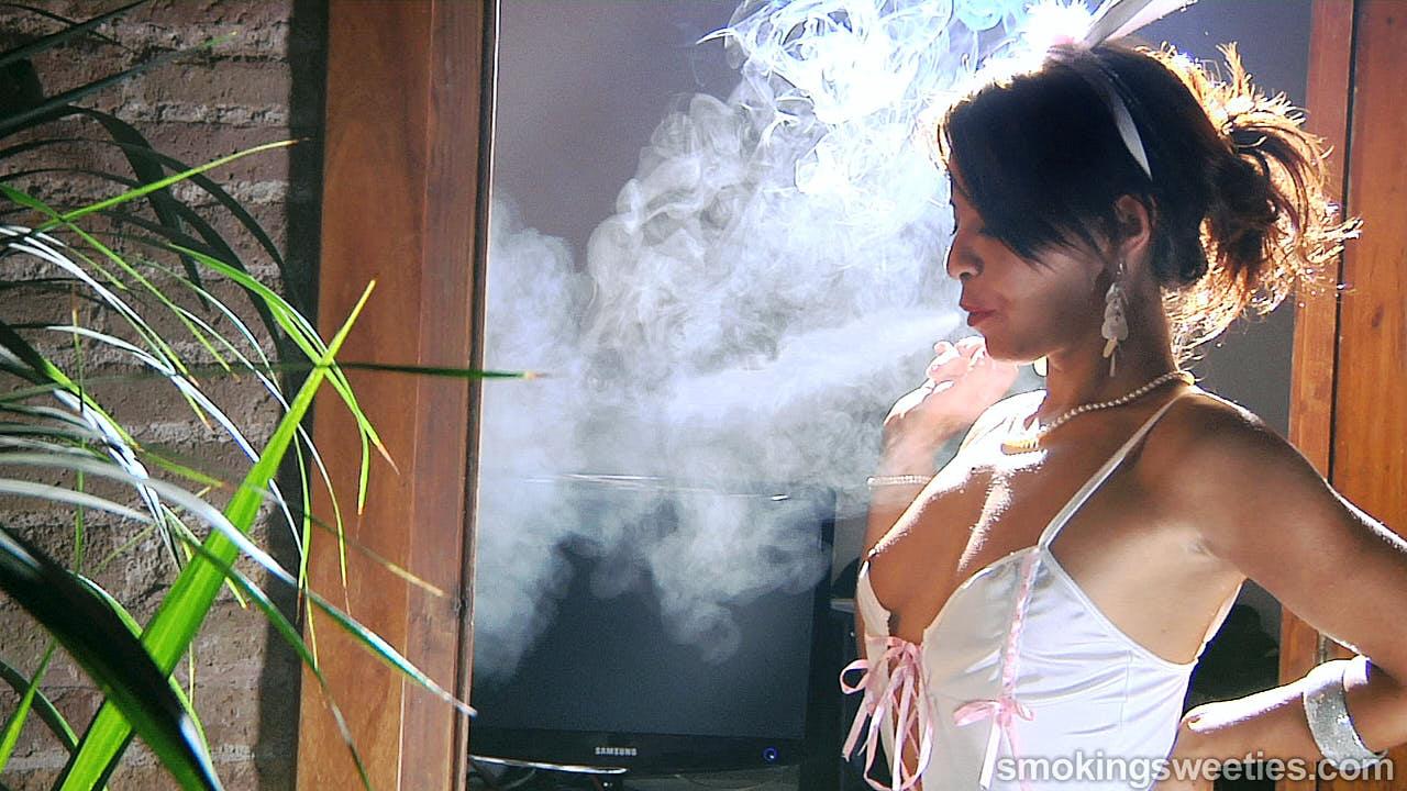 Oriana: intervista ad una giovane donna sexy