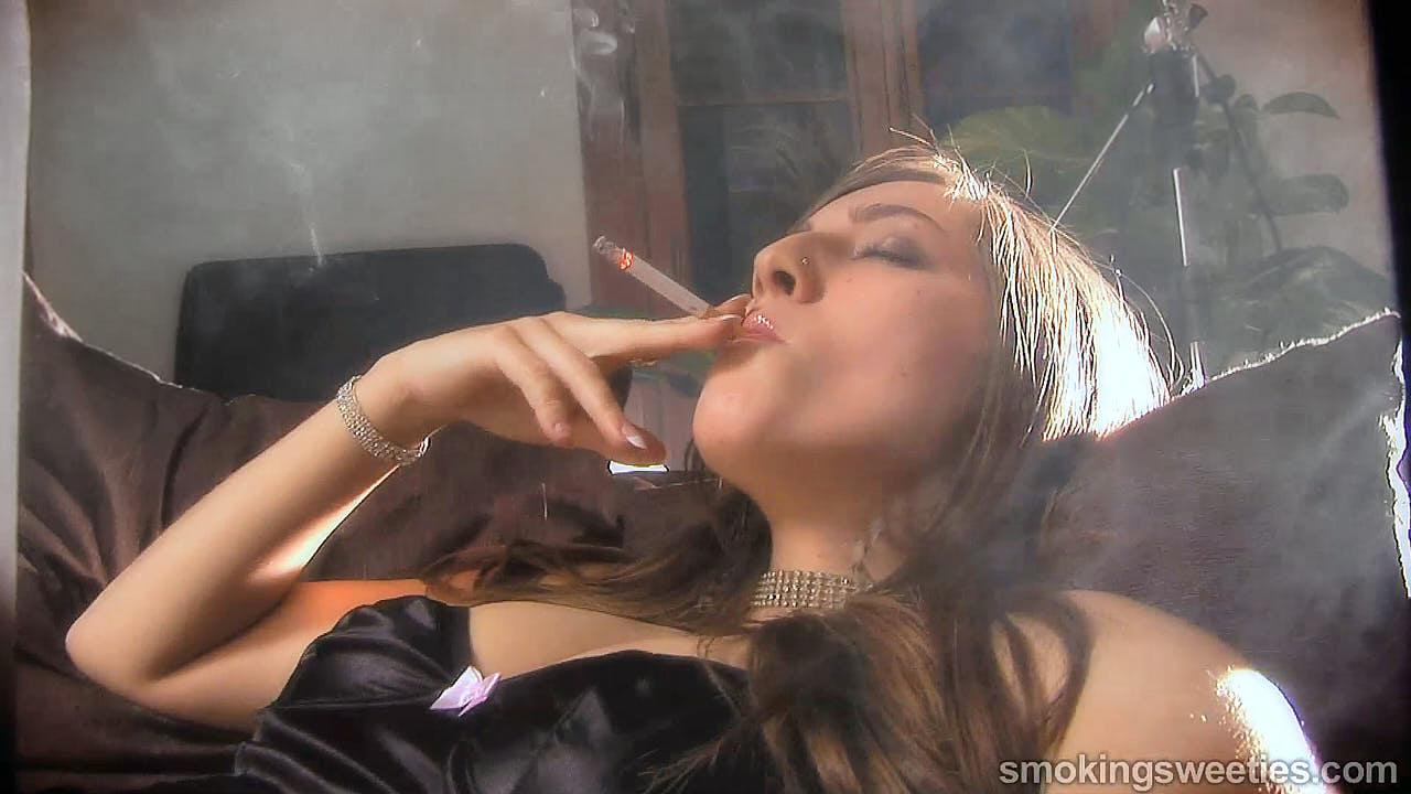 Patricia: Smoking Model Nicotine Fix