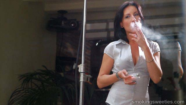 Raquel: Long-Term Smoker Interview
