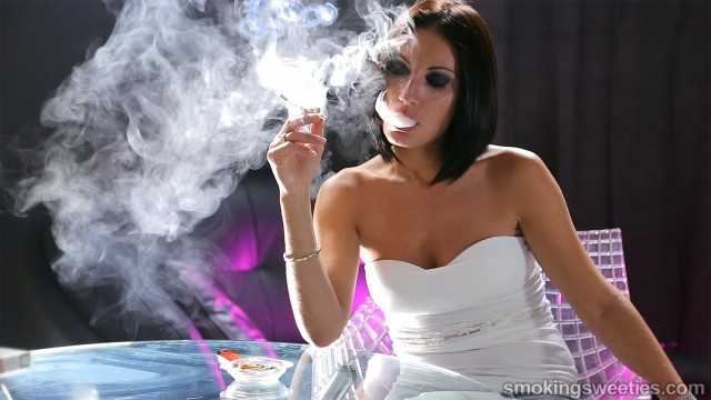 Raquel: Heavy Smoker for 22 Years