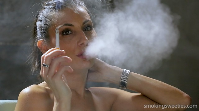 Raquel: Heavy Smoker for 25 years