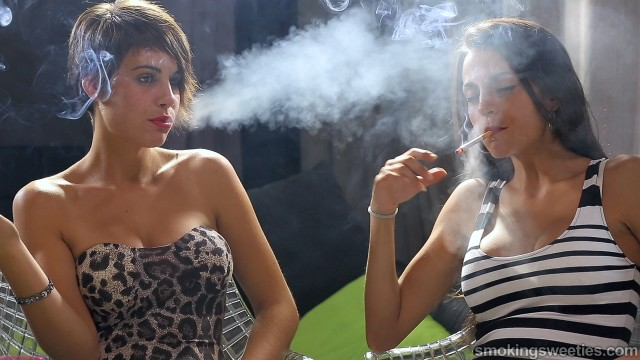 Rosy & Desiree: Smoking Sisters