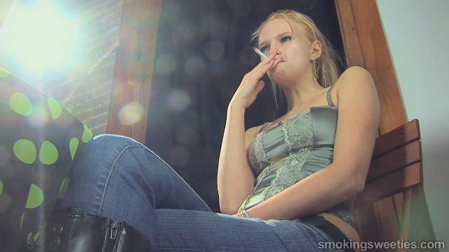 Roxana: Chainsmoking Teen Interview