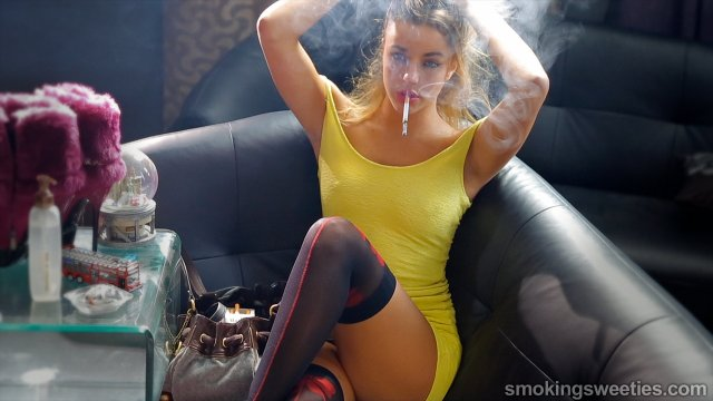 Rym: French Smoking Sweetheart