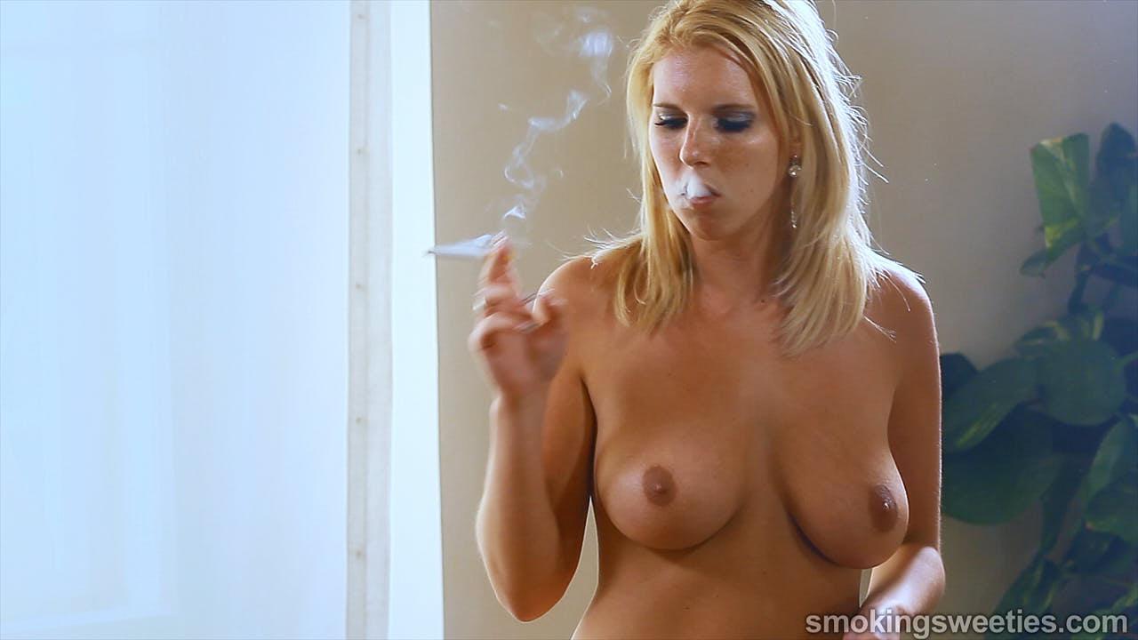 Sabina: Busty Smoker