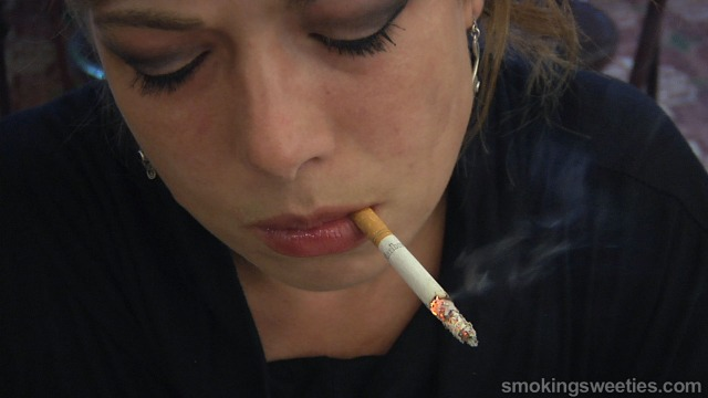 Sophie: Proud to be a Heavy Smoker