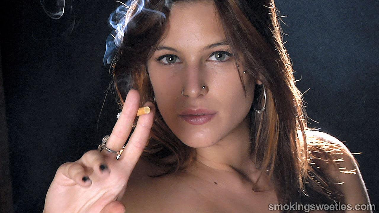 Stefi: Perchè mi piace così tanto Fumare?